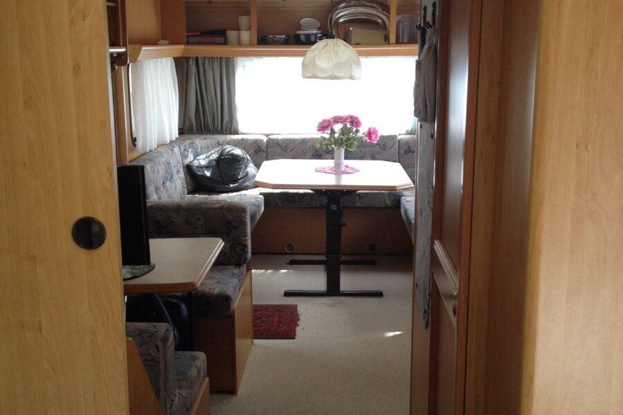 Dethleffs Caravan Beduin med Isabella Penta fortelt